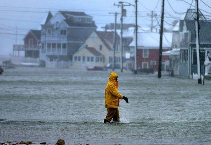 La marea registró sus niveles más altos en la tarde de este martes. (RT)