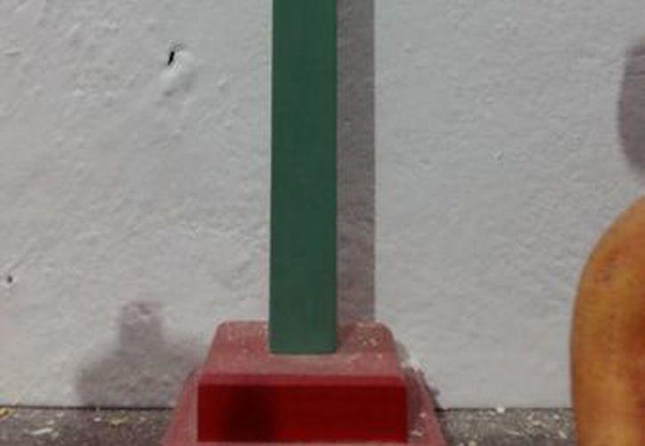 Una cruz parecida a esta, que forma parte del Museo Paranormal, fue la causa de la discordia en una familia de Tekantó. (Jorge Moreno/SIPSE)