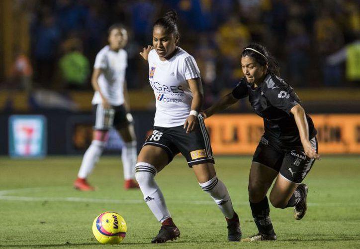 Tigres logra el empate agónico ante Rayadas en la ida de la Final de la Liga MX Femenil. (Foto: Mexsports)