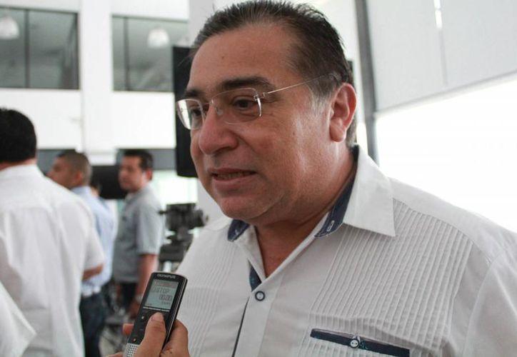 El presidente de la Barra de Abogados dijo que las firmas podrían servir como solicitud ciudadana. (Luis Soto/SIPSE)