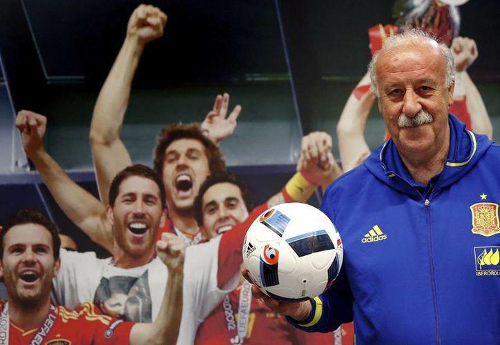 El entrenador de la selección española, Vicente del Bosque, dejará su cargo de seleccionador nacional y aseguró no optar a ningún puesto dentro del organigrama de la Federación. (Archivo/EFE)