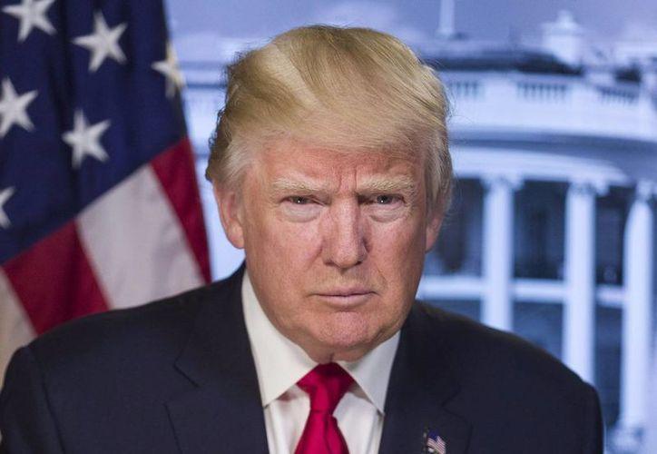 Esa medida de Trump generó caos en los aeropuertos estadounidenses durante el fin de semana. (Agencia)