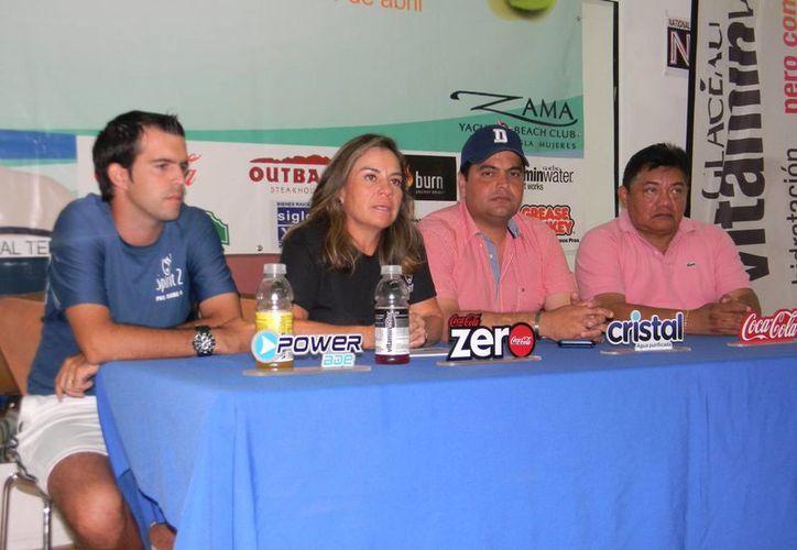 Durante la conferencia de prensa estuvieron presentes Jacqueline Rosado, Marc Rigal, Augusto D´Arguence y Jorge Gutiérrez. (Raúl Caballero/SIPSE)