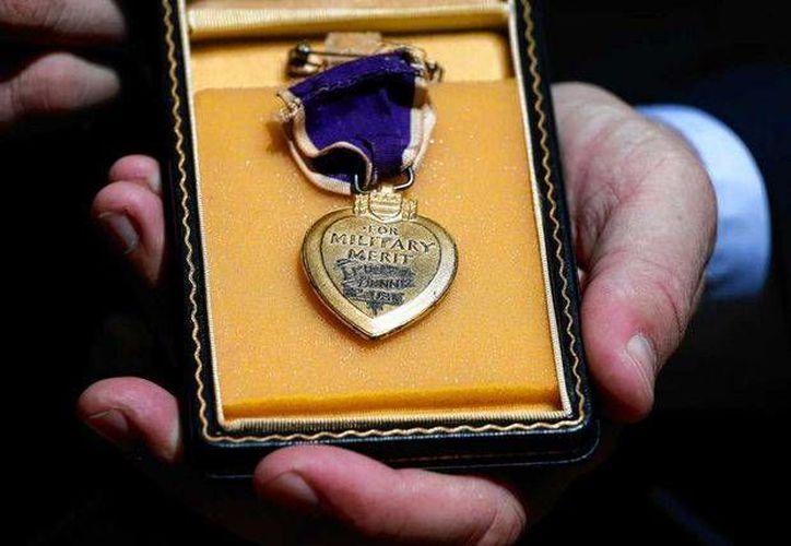 Purple Hearts Reunited, con sede en Vermont, devuelve medallas militares perdidas o robadas a los veteranos y sus familiares. (Agencias)