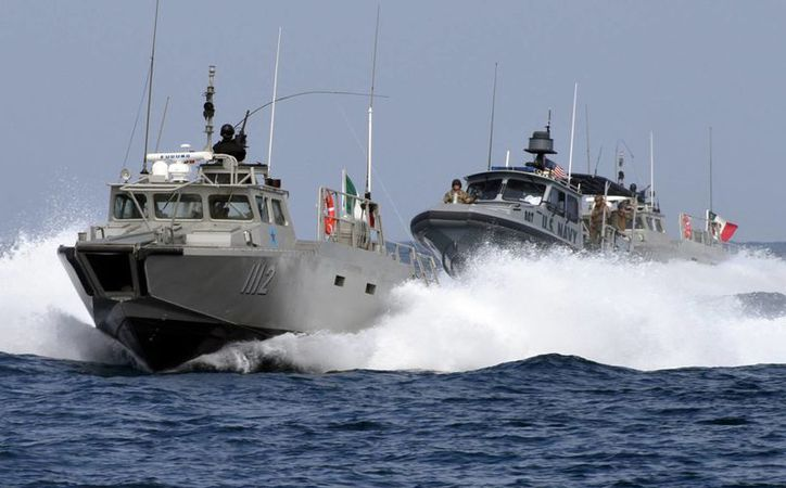 La Dirección General de Capitanías de Puerto y Asuntos Marítimos dependerá de la Subsecretaría de Marina. Imagen de contexto  de buques patrulla de la Armada. (Archivo/agencias)