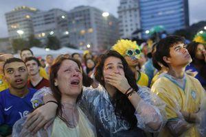 Brasil se marcha humillado