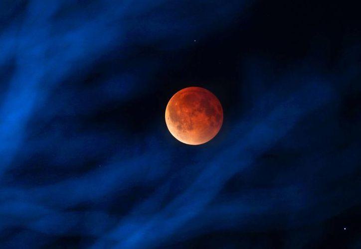 El mejor momento para observar el eclipse será antes del amanecer. (Foto: Archivo/AP)