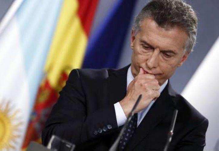 A través de un mensaje televisado el mandatario aseguró que se destinará ayuda económica a los argentinos en pobreza. (SDP Noticias)