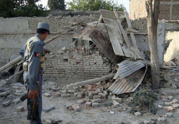 Un documento secreto obtenido por el Archivo Nacional de Seguridad de EU, revela que el gobierno de Pakistán organizó el ataque contra la CIA en 2009. (AP)