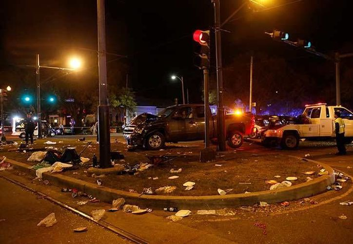 La policía cree que el caso se trata de un joven conductor bajo los efectos de alguna droga. Imagen de contexto del lugar donde sucedió el accidente. (Excelsior vía AP)