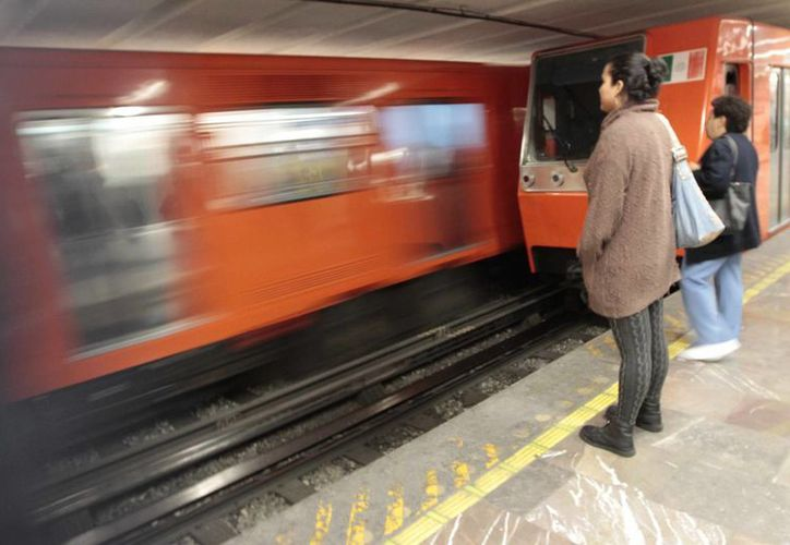 El Metro y la Secretaría de Seguridad Pública del DF realizan labores de inteligencia para dar con los responsables de la supuesta explotación de menores. (Archivo/Notimex)