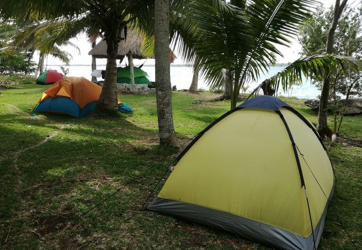 """El sitio que se conoce como """"Cayuco Maya"""" funciona como balneario público con instalaciones ecológicas. (Javier Ortiz/SIPSE)"""