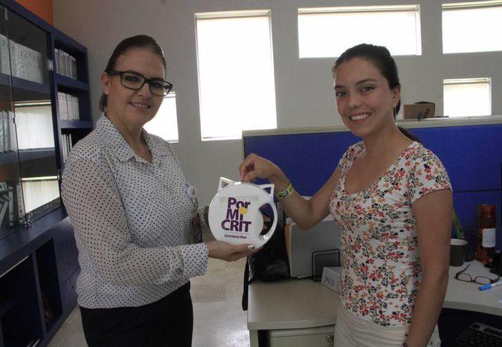 En todo el estado se distribuyeron 250 alcancías para que la gente haga su aportación en beneficio del centro de rehabilitación. (Tomás Álvarez/SIPSE)