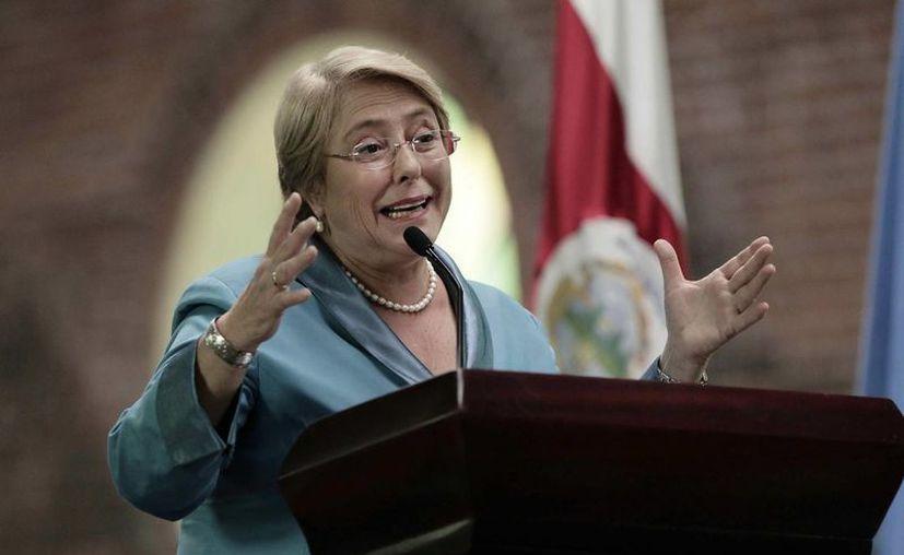 Michelle Bachelet destacó que la cultura y la soberanía no debían ser un argumento para que los países no implementaran reformas. (EFE)