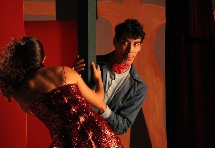 La interpretación de Cantinflas que realiza Óscar Jaenada acalló a críticos que no creían que un actor español podría interpretar al comediante mexicano. (AP)