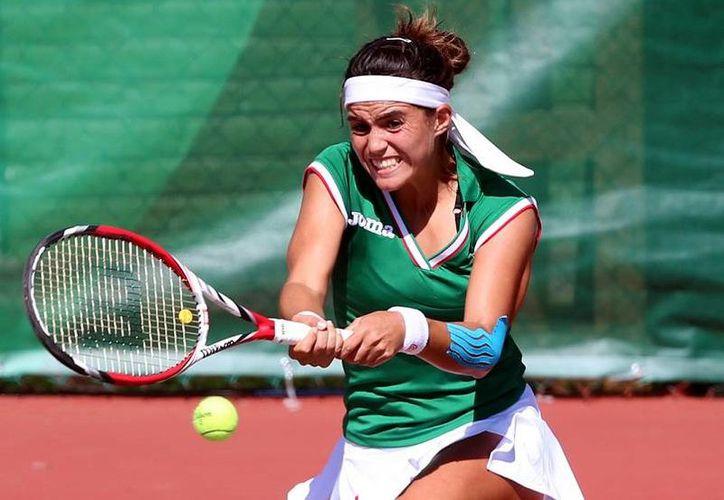 La mexicana Ana Sofía Sánchez ganó medalla de plata en Juegos Centroamericanos tras caer en la final de singles ante la puertorriqueña Mónica Puig. (Notimex)