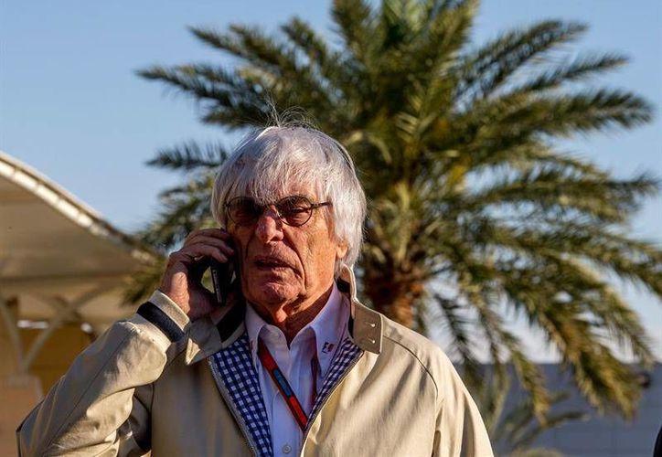 Bernie Ecclestone, director ejecutivo de F1, causó nuevamente polémica con sus comentarios sobre las mujeres. (Archivo EFE)
