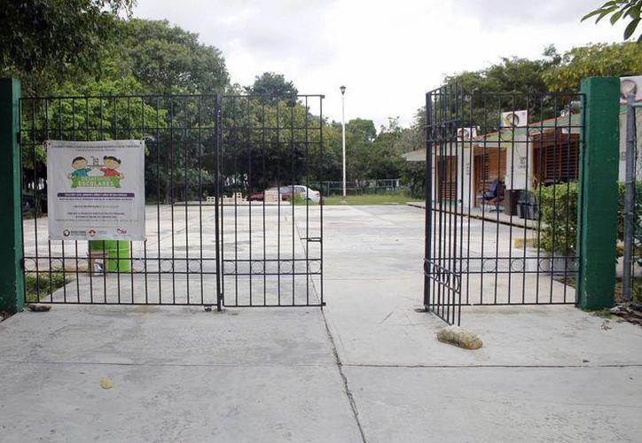 El centro estará ubicado a espaldas de la Gran Plaza, espacio que funcionaba como preescolar. (Yajahira Valtierra/SIPSE)