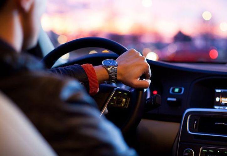Recuerda que como conductor eres el responsable de las vidas de las personas que viajan contigo. (Excelsior)