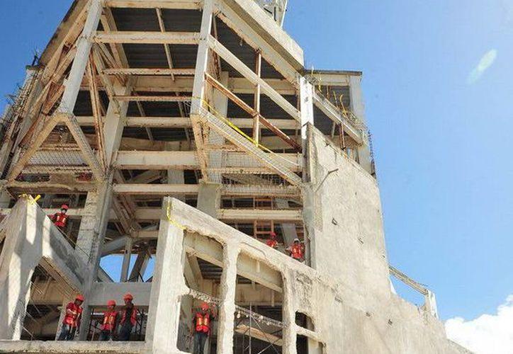 La megaescultura está siendo habilitada para convertirse en un nuevo atractivo turístico de Chetumal. (Redacción/SIPSE)