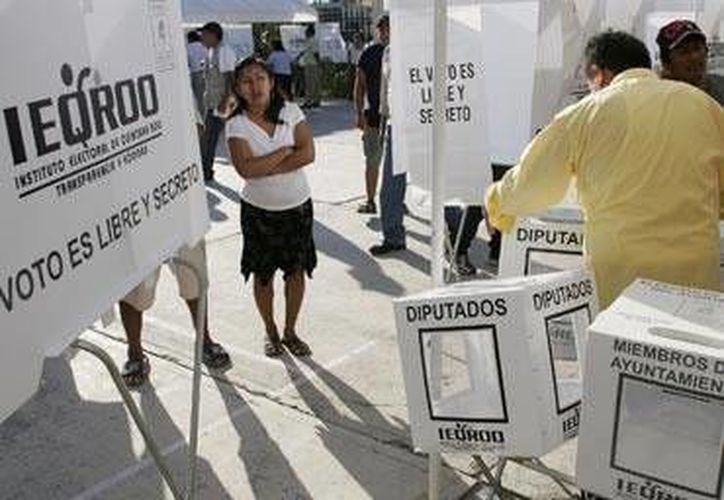 La representante del PAN, Mayuli Martínez Simón, asegura que el recorte de recursos afectará las actividades encaminadas al próximo proceso electoral. (Redacción/SIPSE)