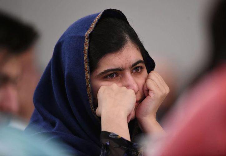 Malala Yousafzai, activista paquistaní y Premio Nobel de la Paz 2014, condenó los comentarios <i>llenos de odio</i> del precandidato republicano a la Casa Blanca Donald Trump y pidió a los políticos <i>que piensen antes de hablar.</i>. (AP)