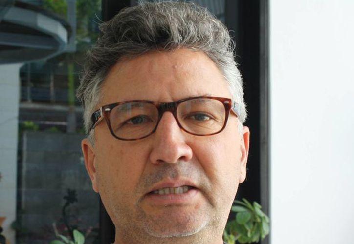 Martín Ruiz Cuevas espera que consideren entre los proyectos el aeropuerto de la Riviera Maya. (Alida Martínez/SIPSE)