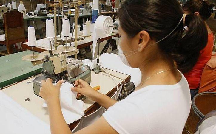 Yucatán cerrará el año 2016 con una tendencia a la alza en generación de empleos, lo que colocará a la entidad a la cabeza nacional de entidades con menor índice de desempleo. (SIPSE)