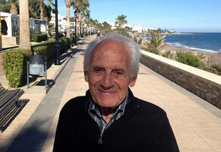 Jimmy Newell tenía planeado realizar un viaje para festejar sus 103 años, sin embargo, no pudo lograrlo. (Imagen tomada de Excesior)
