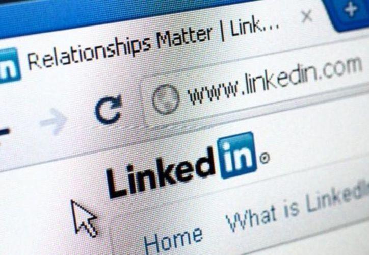 Cada segundo dos usuarios nuevos se unen a LinkedIn. (mashable.com)