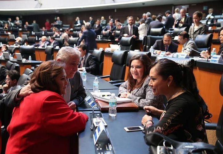 La senadora Rosa Adriana Díaz Lizama fue vocera en Yucatán de las inquietudes del PAN respecto a la Ley General para la Protección de Niñas, Niños y Adolescentes. (SIPSE)