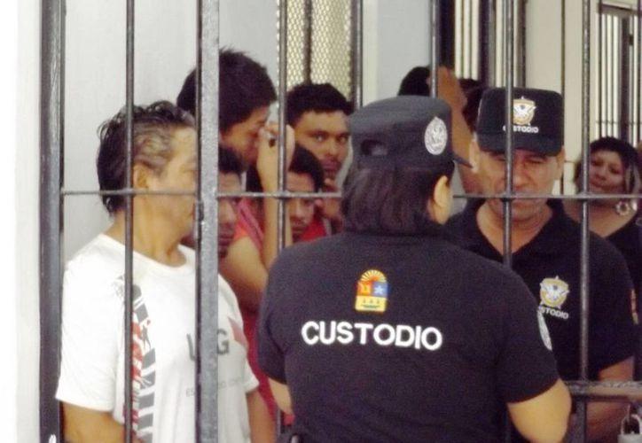 En las cárceles de Quintana Roo tienen 70% de rezago en los procesos penales de los internos. (Daniel Pacheco/SIPSE)
