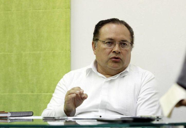 'La reforma electoral es una nueva cultura en hacer política, los cambios son realmente trascendentales', dijo Ernesto Herrera Novelo, consejero jurídico de Yucatán. (Milenio Novedades)
