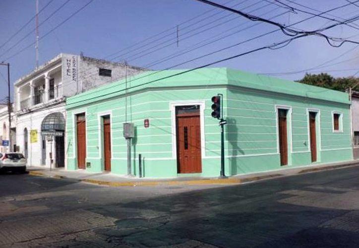 A varios predios, como el de la calle 66 x 60, se ha rescatado su fachada. (Milenio Novedades)