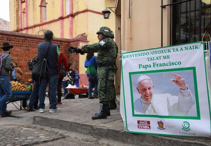 Refuerzan seguridad por la visita del Papa Francisco. (Luis Soto/SIPSE)