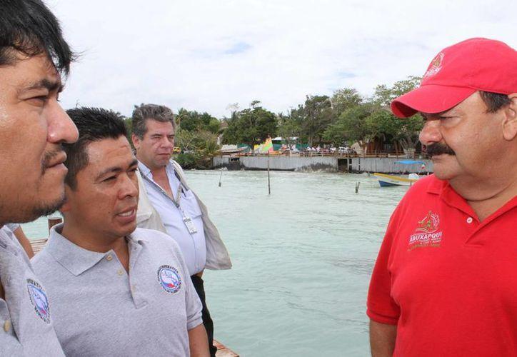 Espinosa Abuxapqui visitó el corredor turístico de Calderitas. (Harold Alcocer/SIPSE)