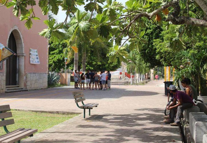 Los puntos han sido del agrado de los visitantes como la iglesia principal de Felipe Carrillo Puerto.(Benjamín Pat/ SIPSE)