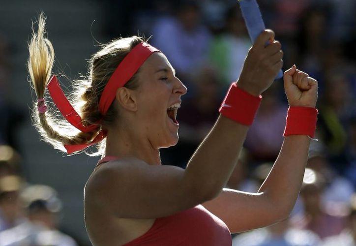 Victoria Azarenka celebra su pase a la final de US Open. (Agencias)