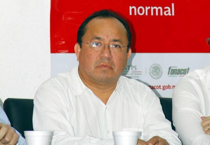 René Tun Castillo, delegado de la Condusef, afirmó que que los usuarios de instituciones de crédito podrán conocer el historial de los despachos de cobranza sobre demandas o fraudes cometidos. (Milenio Novedades)
