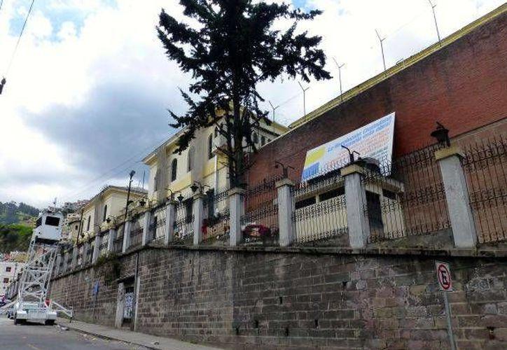 Vista lateral del penal García Moreno, en Quito, Ecuador. (http://www.abritinecuador.com)