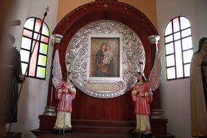 La imponente Iglesia de Santiago