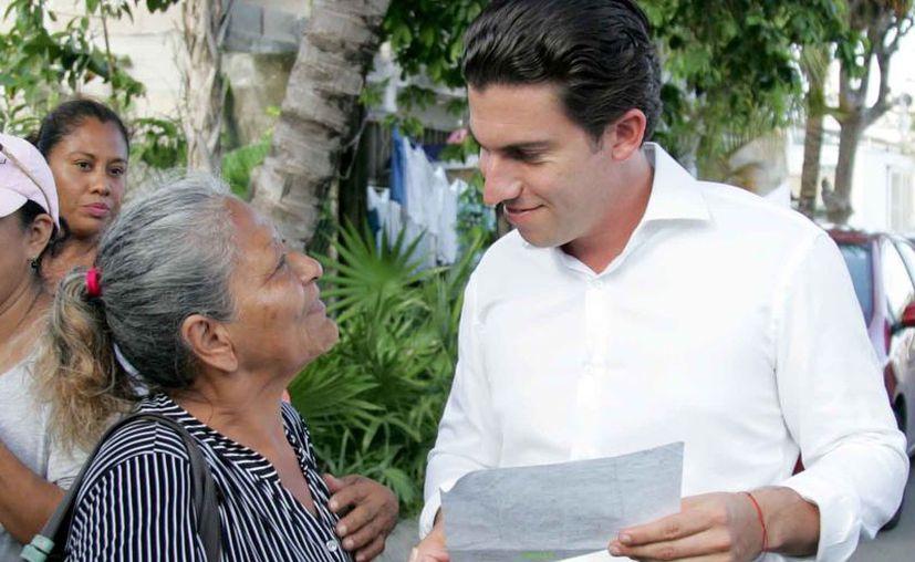 """En esta ocasión atendieron a los habitantes del fraccionamiento """"Barrio Maya"""". (Cortesía)"""