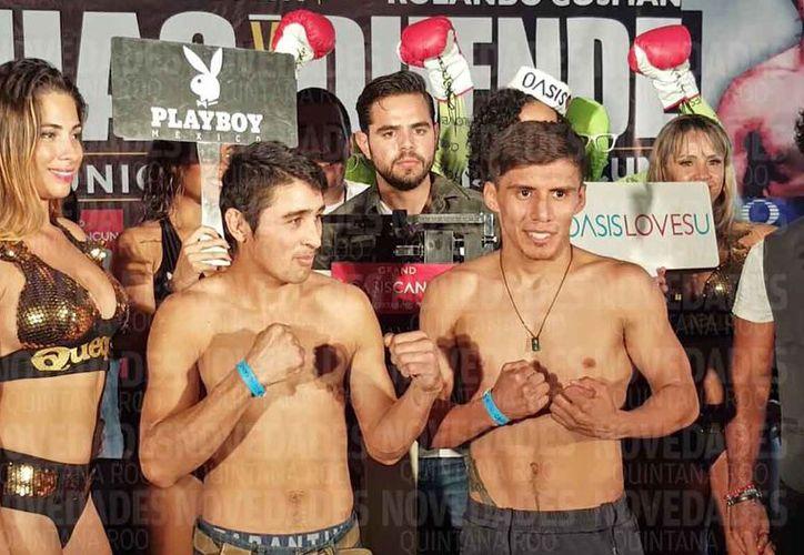 """Héctor """"Duende"""" Gusman y Francisco """"Chihuas"""" Rodríguez, luego del pesaje. (Jesús Tijerina/SIPSE)"""
