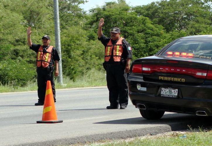 La SSP refuerza los operativos de vigilancia con retenes en carreteras de Yucatán. (Milenio Novedades)