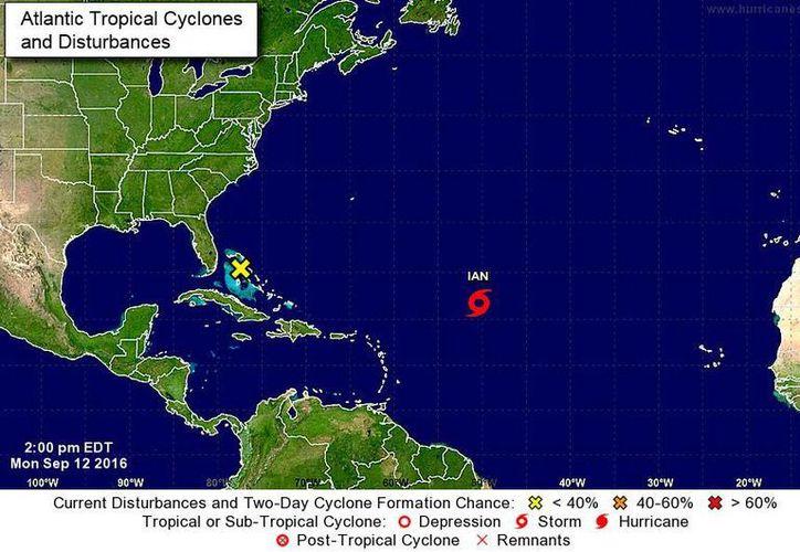 Imagen del Centro Nacional de Huracanes de Miami, Florida, que muestra la ubicación de la tormenta tropical Ian, este lunes 12 de septiembre de 2016. (www.nhc.noaa.gov)