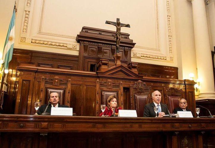 La Corte Suprema Argentina desató la polémica al autorizar la muerte digna de un paciente que se encuentra en cama desde 1995. (Archivo/La Nación de Argentina)