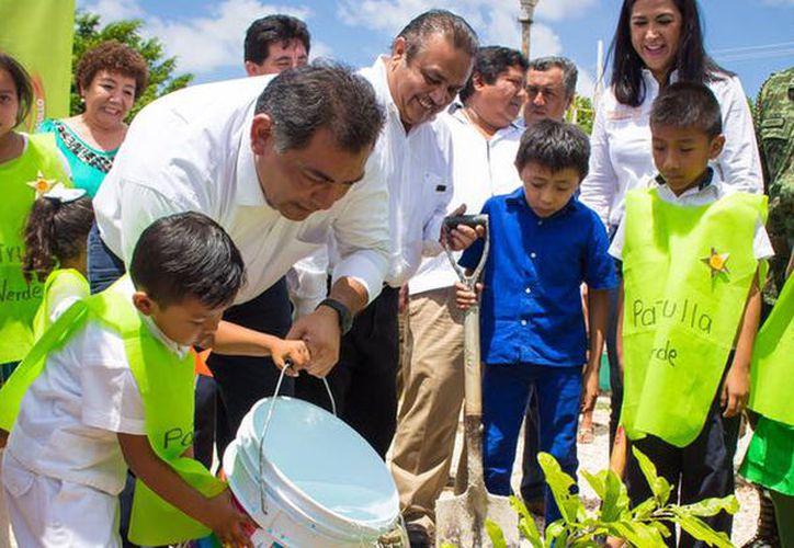 Mérida debe contar con más áreas verdes: Víctor Caballero Durán. (Milenio Novedades)