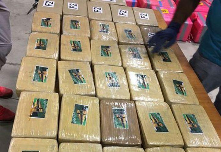 Las autoridades de ese país han decomisado casi 24 toneladas de cocaína en lo que va de este año. (Foto: Milenio)