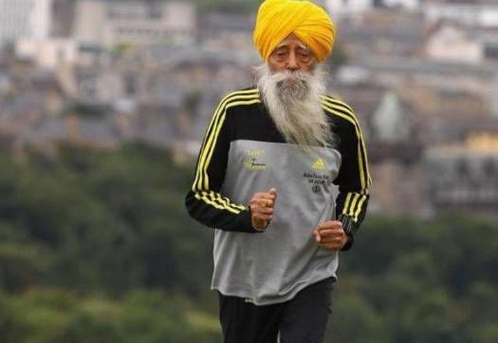Singh comenzó a correr a los 89 años de edad. (www.wordpress.com/Archivo)