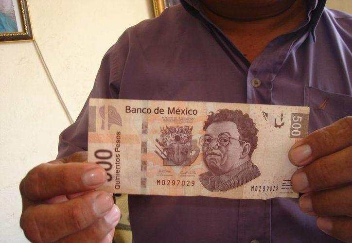 Jorge Quiñones denunció la presencia de estafadores en la cabecera municipal. (Carlos Yabur/SIPSE)